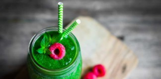 4 Easy Homemade Green Smoothie recipes to go